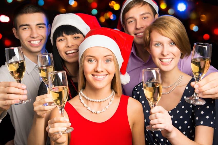 Maßvoll trinken auf der Weihnachtsfeier