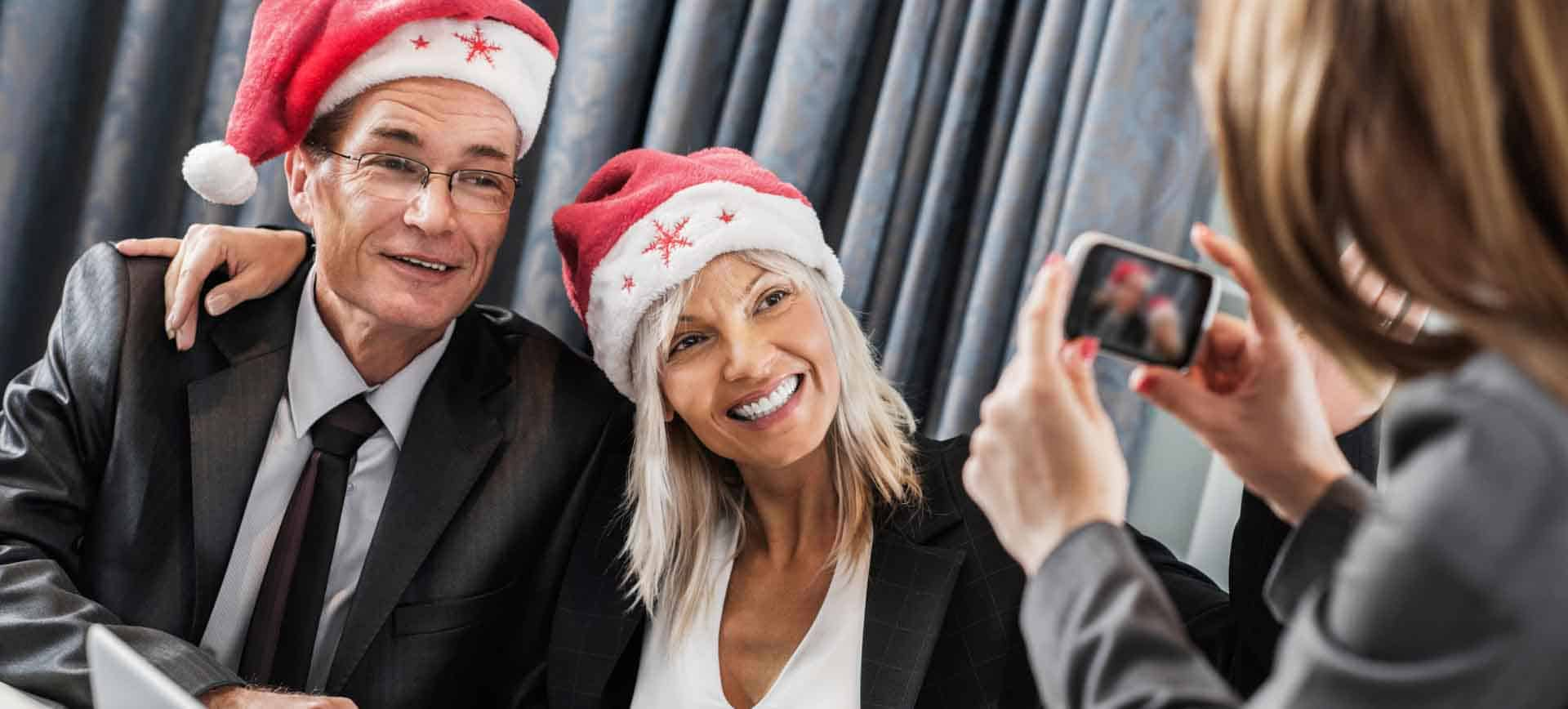 Weihnachtsfeier mit Chef